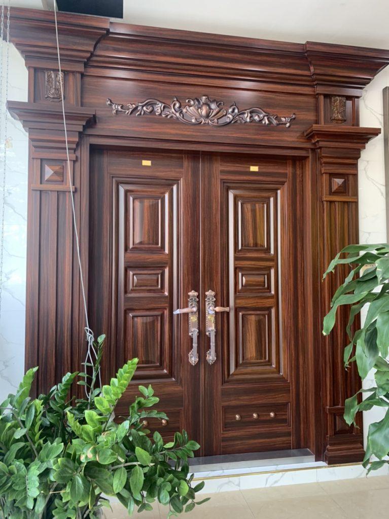 Phân loại cửa thép vân gỗ hiện nay?