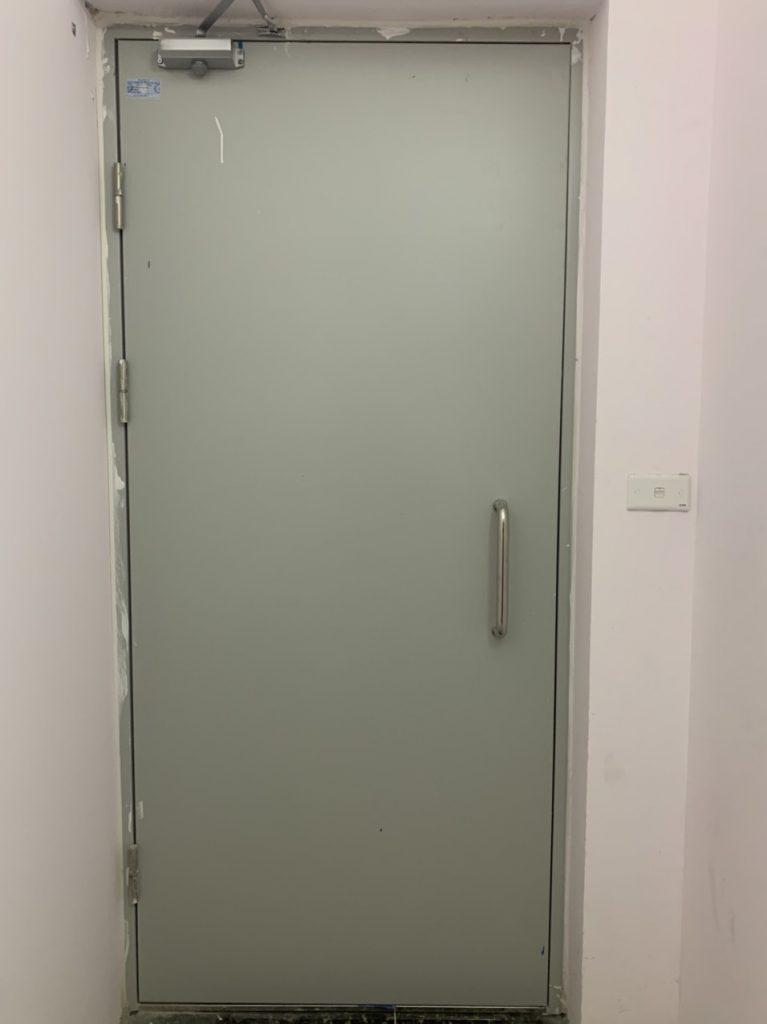 Lựa chọn kích thước cửa thép chống cháy phù hợp với công trình