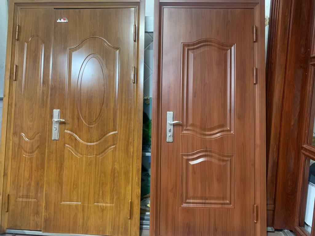 Lựa chọn mẫu cửa thép vân gỗ hà nội phù hợp