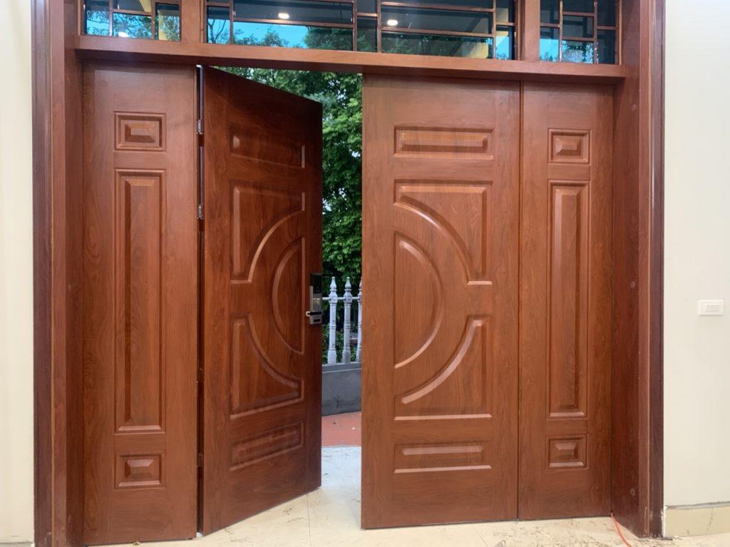 Báo giá mẫu cửa sắt 4 cánh giả gỗ mới nhất 2021