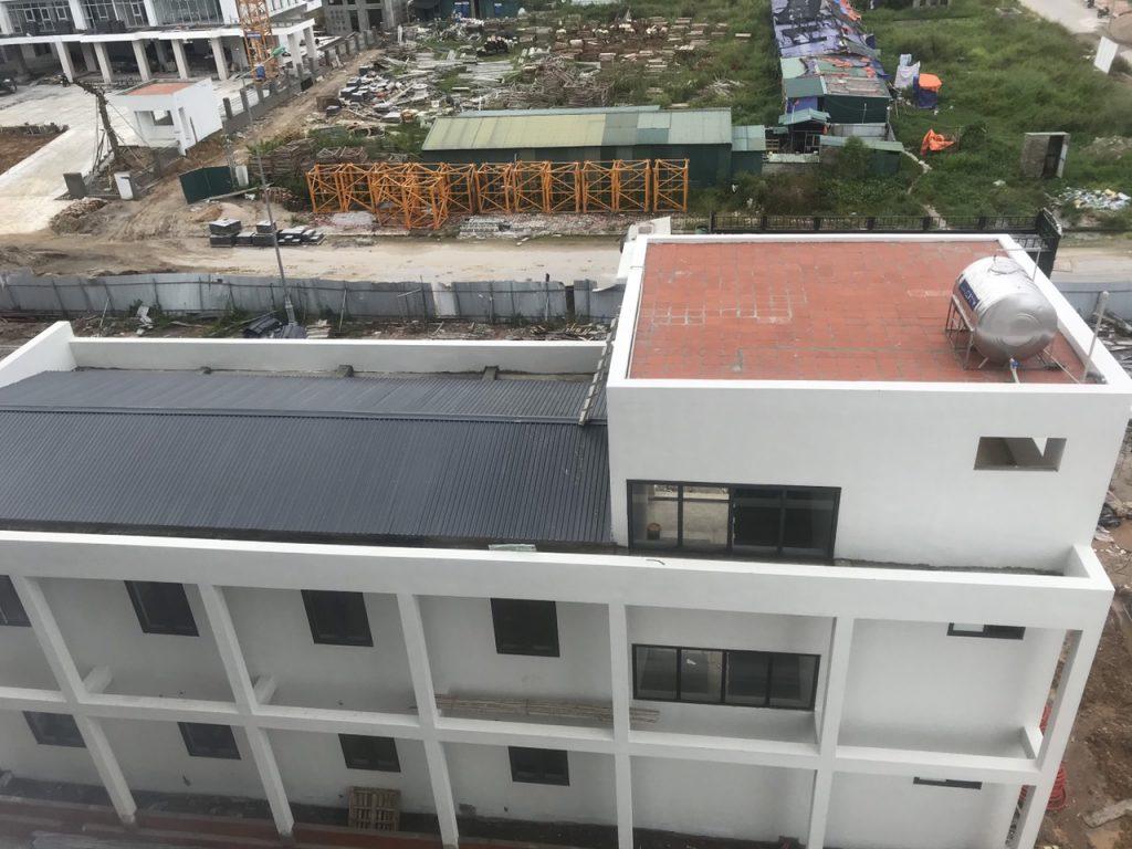 Đánh giá cửa thép vân gỗ có phù hợp với khí hậu Đà nẵng?