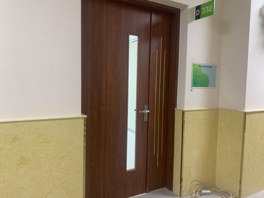 Lưu ý khi bố trí lắp đặt cửa nhà vệ sinh phù hợp với không gian