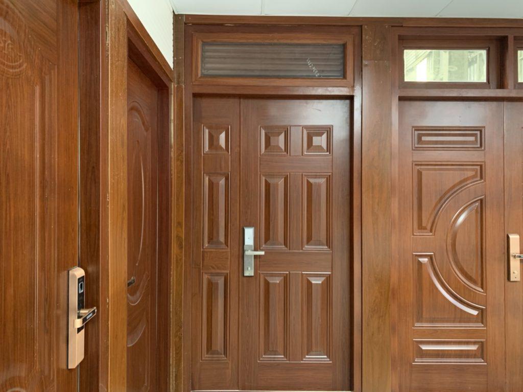 Tính toán kích thước cửa 4 cánh mặt tiền nhà ở tiêu chuẩn