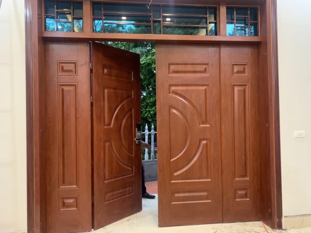 Kích thước cửa chính 4 cánh là bao nhiêu? Tìm hiểu về cửa 4 cánh