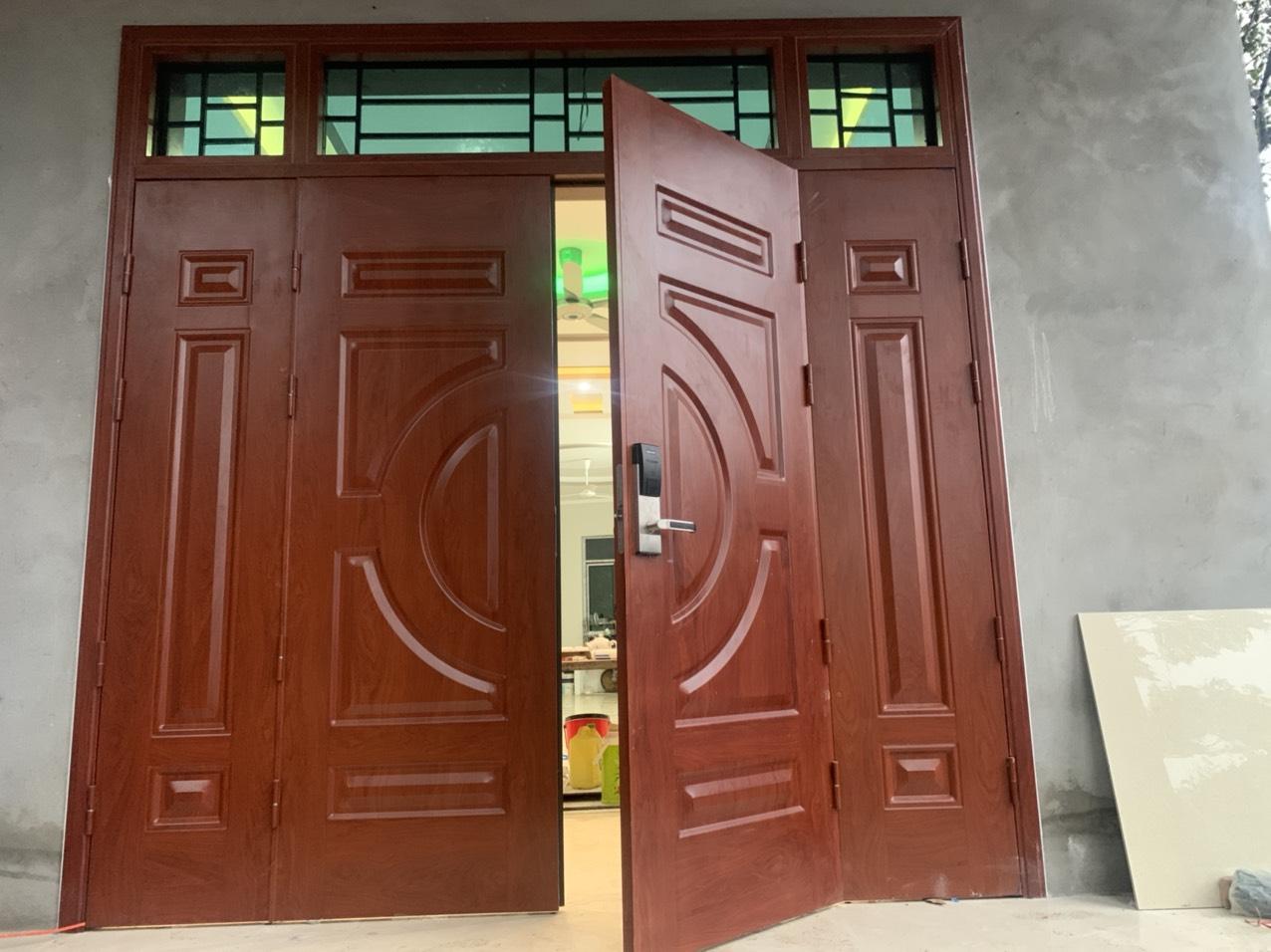 Báo giá cửa thép vân gỗ Phú thọ tiết kiệm 20-30% so với cửa gỗ