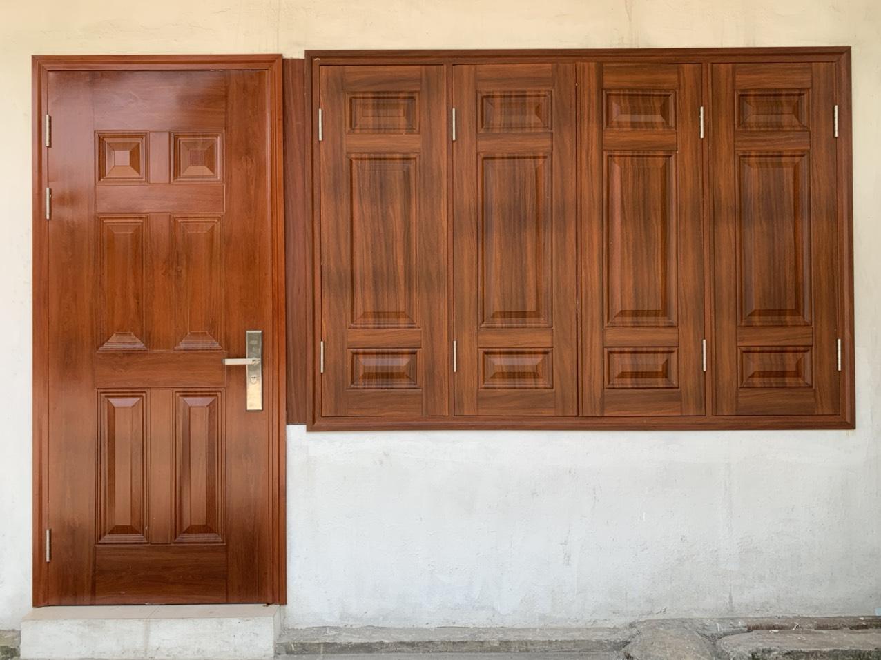 Báo giá cửa thép vân gỗ tại Nam định