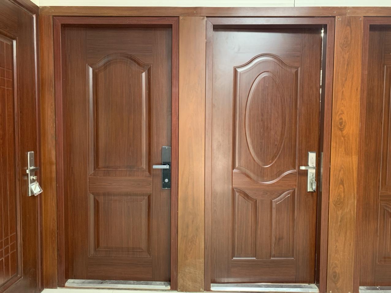 Báo giá cửa thép vân gỗ Nam Định cho nhà ở và chung cư