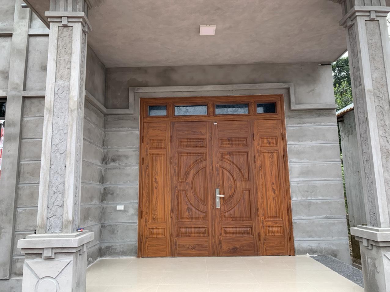 Những ưu điểm cửa thép vân gỗ tại Lạng sơn