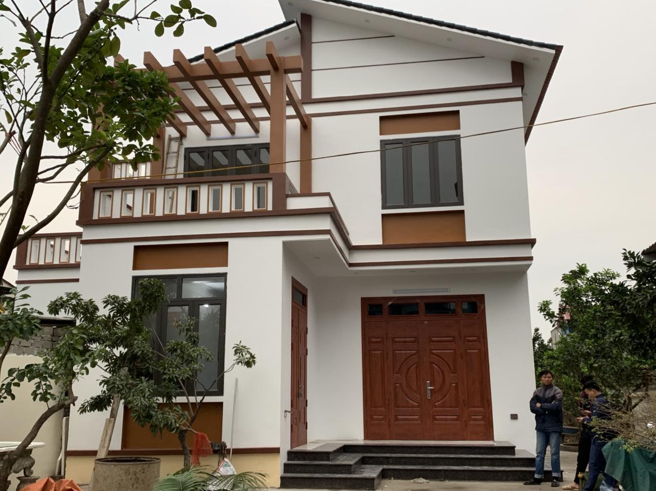 Lắp cửa thép vân gỗ cách âm mang đến không gian sống riêng tư cho gia đình
