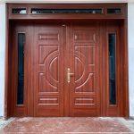 Nên lắp cửa sắt chống cháy vân gỗ hãng nào tốt nhất?