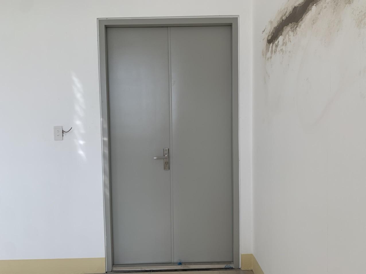 Cửa thép chống cháy là gì? Tìm hiểu về cửa thép chống cháy
