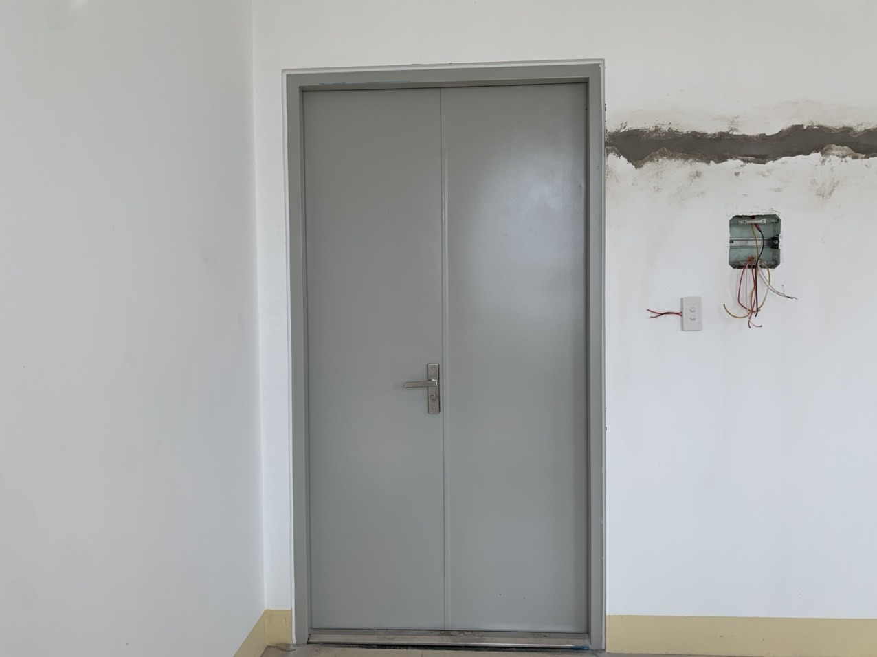 Tiêu chuẩn cửa chống cháy đạt chuẩn lắp đặt cho công trình