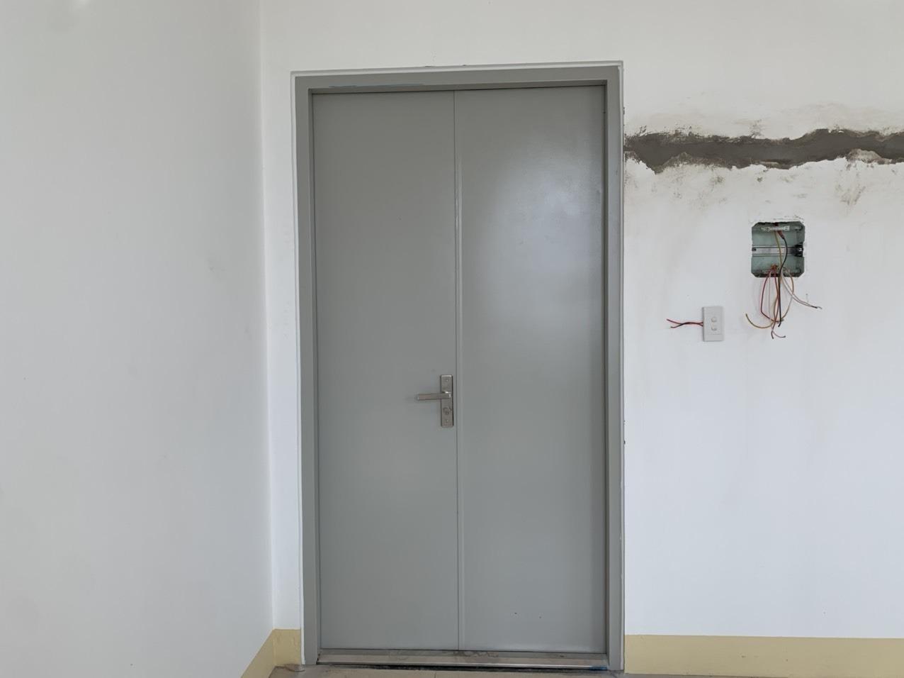Tiêu chuẩn cửa thép chống cháy là gì?