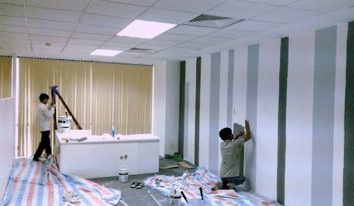 Những lưu ý khi lựa chọn đơn vị thi công sơn nhà trọn gói
