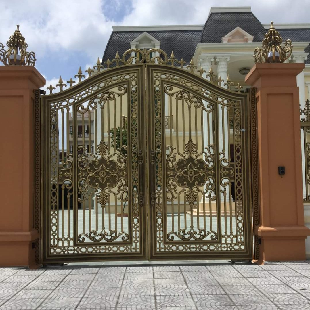 Mẫu cửa cổng nhôm đúc đẹp 2021