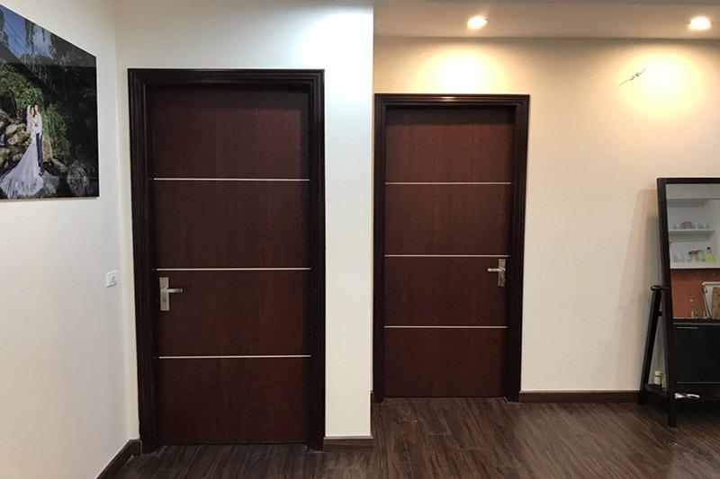 Mẫu cửa sắt chống cháy hoàn thiện chung cư
