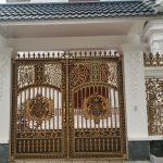 Chọn mẫu cửa cổng nhôm đúc cho biệt thự tân cổ điển