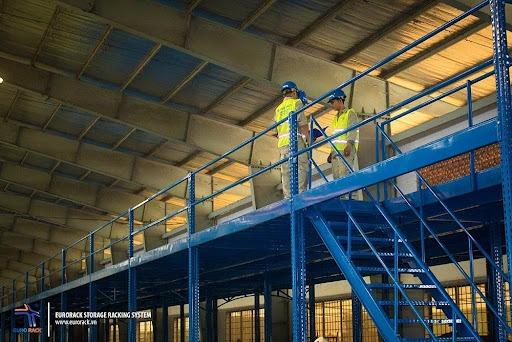 Kệ sàn công nghiệp tăng 100% không gian chứa hàng cho kho xưởng